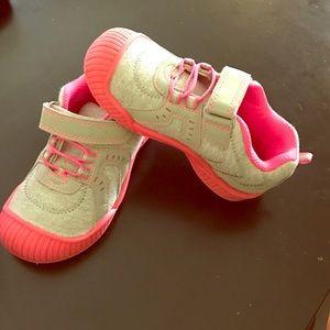 Osh Kosh Other - Osh Kosh Toddler shoes