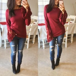 Tops - •LAST•(L) Wine lace long sleeve top