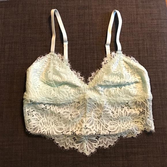 56d49e77706 NWT Aerie Mint Long Lace Bralette