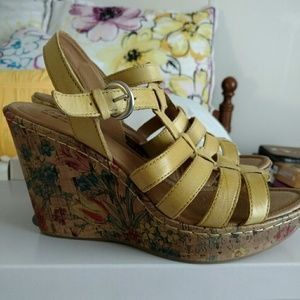 Born Yellow Wedge Sandals