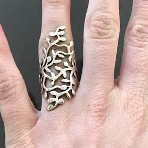 Jewelry - Knuckle ring sterling silver leaf design