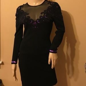 Carmen Marc Valvo Dresses & Skirts - Vintage body con dress