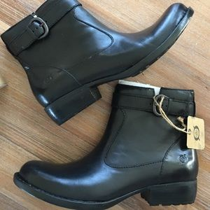 Born Shoes - ONLY A FEW LEFT New in Box, Børn Black Boots