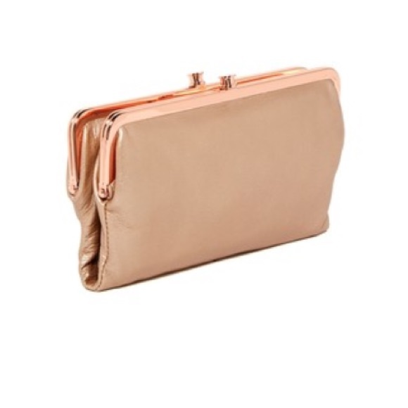 27c2f90d57a59 NWT  HOBO Lauren Leather Wallet Clutch in Blush