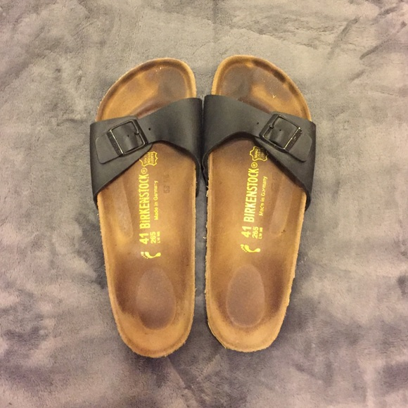 9e309f17b65c Birkenstock Shoes - Birkenstock Madrid sandal - size 41 black strap