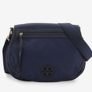Tory Burch Handbags - Tory Burch messenger