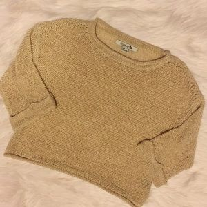 Forever 21 knitted 3/4 sleeve crop top