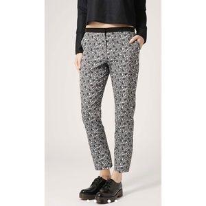 Topshop PETITE Pants - TOPSHOP Monochrome Paisley Print Cigarette Trouser