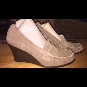 Shoes - Tan Suede Wedge Shoes