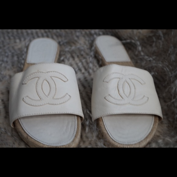 a3da57036245 CHANEL Shoes - Chanel white leather expadrilles sandals size 39