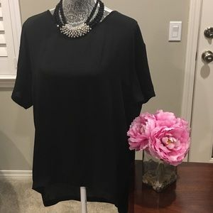 14th & Union Tops - 🎉HP🎉High-Low Black Top