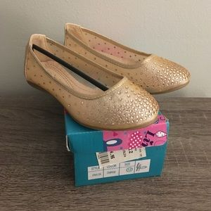 Link Shoes - Flats brand new