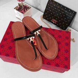 Tory Burch Shoes - 🌸Tory Burch• T-Logo Flat Thong Sandals