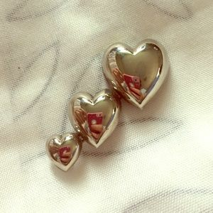Jewelry - Sterling silver Heart brooch