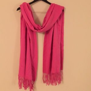 Beautiful Ann Taylor pink 100% cashmere scarf