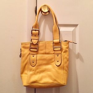 Franco Sarto Handbags - 💥FLASH SALE💥 Cute yellow shoulder bag
