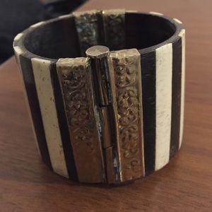 Vintage Jewelry - Unique antique vintage stripe black & white cuff