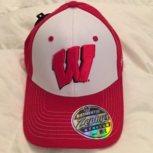 Zephyr Other - Wisconsin Badger NWT stretch hat sz M/L