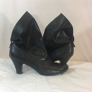 Report Collection Shoes - Report multiple way booties