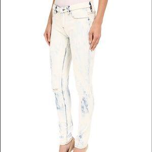Blank NYC Denim - BlankNYC Stretch Denim Skinny Jeans