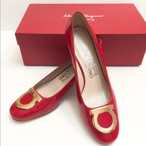 Ferragamo Shoes - 🆕NIB Auth Ferragamo patent leather shoes SZ 6B