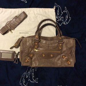 Balenciaga Handbags - Balenciaga city bag