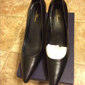 "Brooks Brothers Shoes - Brooks Brothers ""346"" Pump"