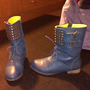 Shoes - Blue studded combat boots