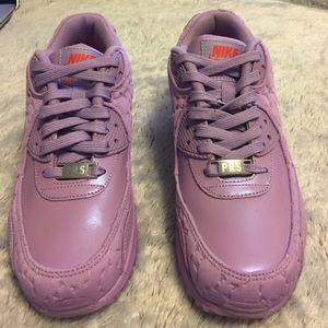 Nike Air Max 90 QS Paris Macaron Purple