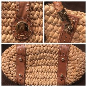 5e9bdd621530 Michael Kors Bags - 👜MICHAEL KORS STRAW HUSK BASKET WEAVE TOTE BAG👜