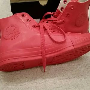 Super cool Red rubber exterior Converse sneakers