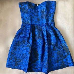 Aritzia Dresses & Skirts - Aritzia Mink Pink Blue and Black Strapless