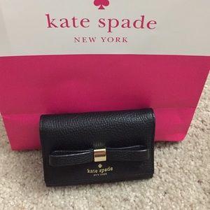 NWT Kate Spade darla small wallet