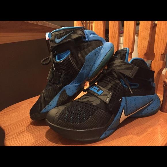 lebron shoes size 8 Shop Clothing