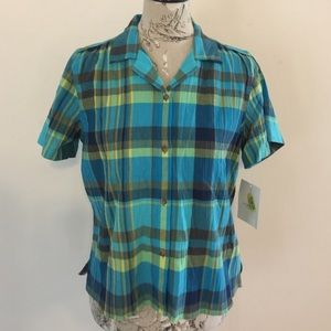 Liz Claiborne Tops - 🆕 Liz Claiborne Blue Plaid Button Top M