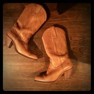Frye Shoes - Rare Vintage Frye Boots