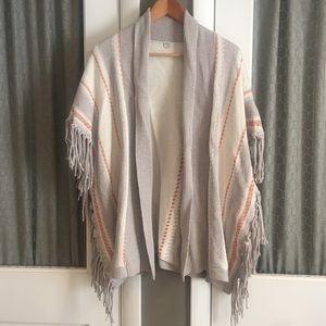 Margaret O'Leary Sweaters - Fringe detailed sweater with lapel neck