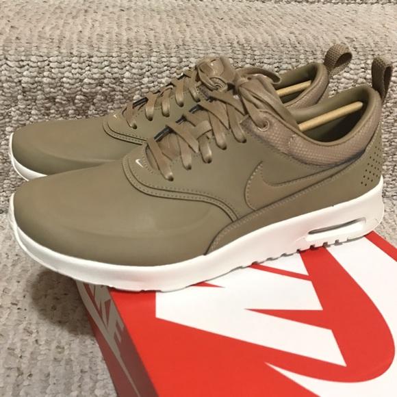 Nike air max Thea premium tan desert camo s 8.5