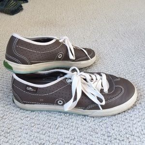 Simple Shoes - Simple brand sneakers.