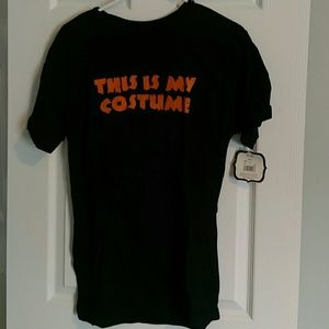 NWT - This is my costume t-shirt - M