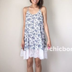 CHICBOMB Dresses & Skirts - Floral with lace trim slip dress. CLEARANCE