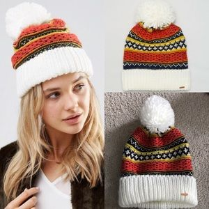 Free People Accessories - NWT free people snowbound Pom Pom hat snow