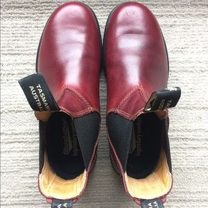 Blundstone Shoes - Redwood Blundstone, brand new