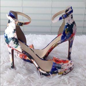 NEW Women's Patent Floral Jessica Simpson Heels