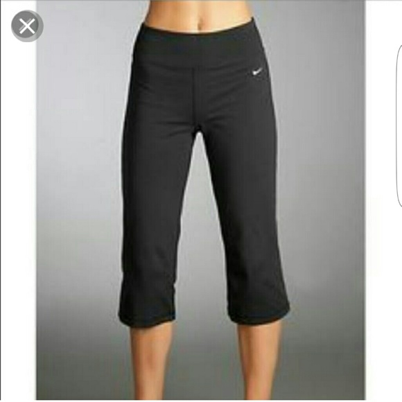 Narabar Alargar ancla  Nike Pants & Jumpsuits   Nike Yoga Capri Pants Size S   Poshmark