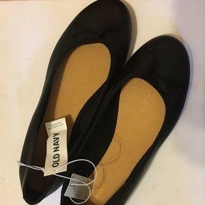 Old Navy Black Ballet Flats