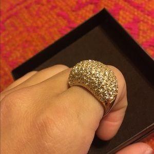 Gold St. John Swarovski crystal ring with box