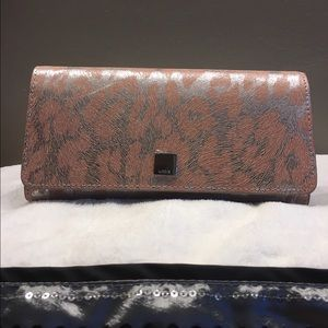 Lodis Handbags - Beautiful Lodis Safari Wallet