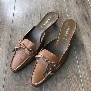 Prada Shoes - NWOT💖Prada leather kitten heel mules