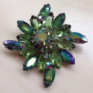 Vintage Aurora borealis rhinestone brooch